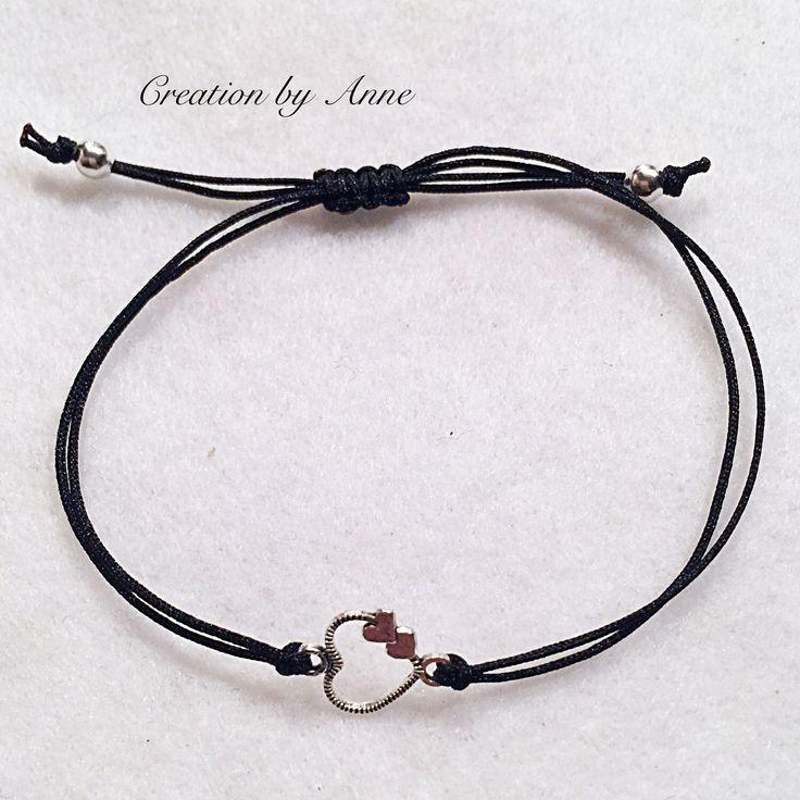 Le chouchou de ma boutique https://www.etsy.com/ca-fr/listing/514171743/bracelets-silver-heart-charm-connector