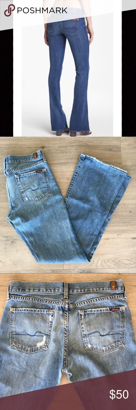 7 FOR ALL MANKIND ~ flare leg blue jeans size 29 7 FOR ALL MANKIND ~   7 FOR ALL MANKIND brand  Blue jeans  Women's jeans  Medium wash  Flare leg  Size 29  Pre owned  Great jeans for fall 7 For All Mankind Jeans Flare & Wide Leg