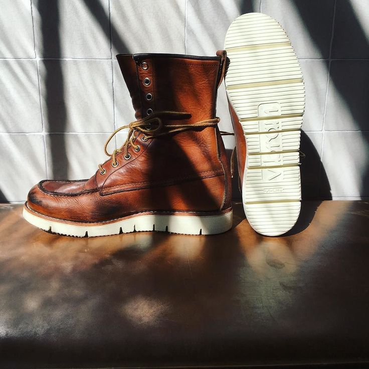 Sunshine in the Red Wing Shoe Store Amsterdam today. We got this beautiful pair of Red Wing Shoes 877 Classic Moc Toe's back from our cobbler which are resoled with a pair of Vibram Gloxicut soles. We are curious how comfortable they will be! |...