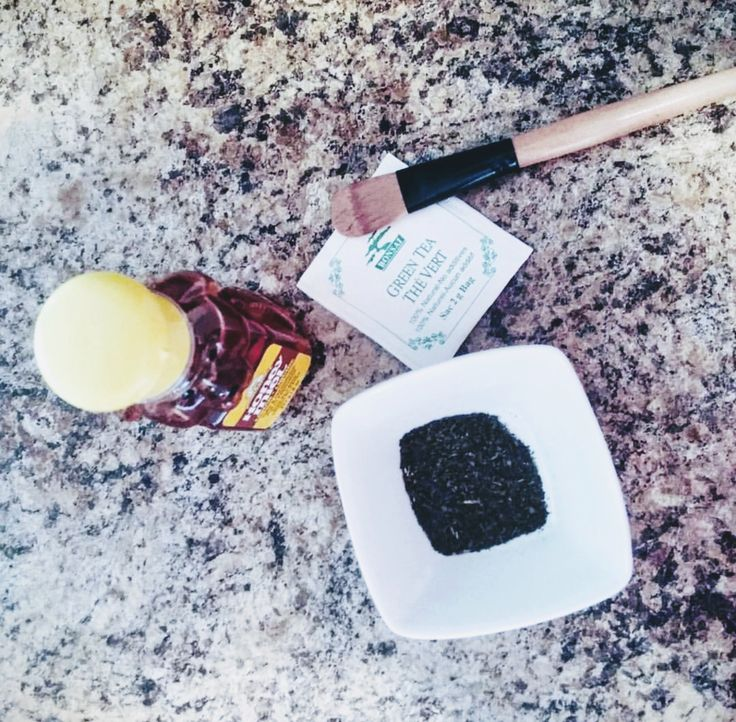 I recently tried this amazing mask with natural products that you can find in your kitchen! Green tea and honey! It's very simple: - Cut open a green tea bag (organic preferably). - Mix with 2 tablespoons of honey in a small bowl, until a paste is formed. - Gently apply on your face (with a brush or the tip of your fingers). - Leave 15 minutes. - Wash off with warm water. - Hydrate your skin with your day/night cream.  - Repeat 2-3 / week.