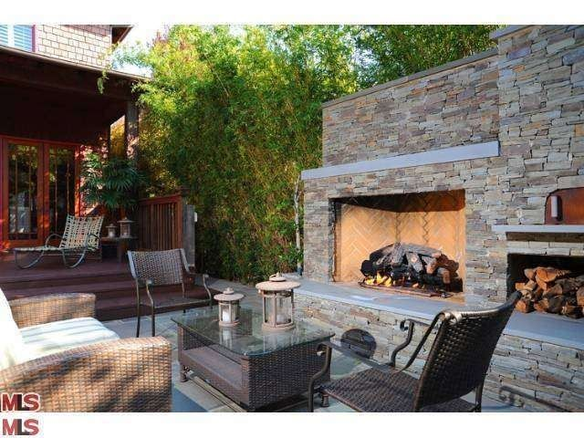 Memorial Day Backyard Party Outdoor Living Room With Fireplace Pizza Oven Built In