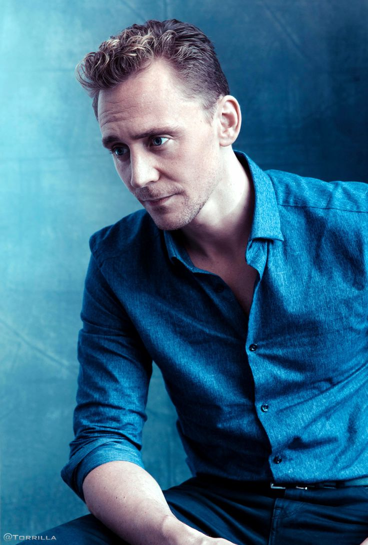 Tom Hiddleston photographed by Austin Hargrave during TIFF 2015 on September 13, 2015. Source: Torrilla. Click here for full resolution: http://ww4.sinaimg.cn/large/6e14d388gw1f8iphgqcouj20mi0xcgt5.jpg