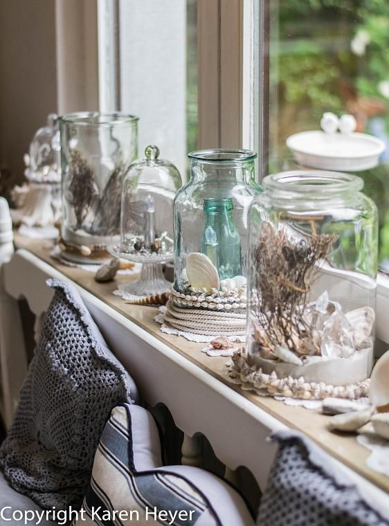 Shabby beautiful living in the beach house look