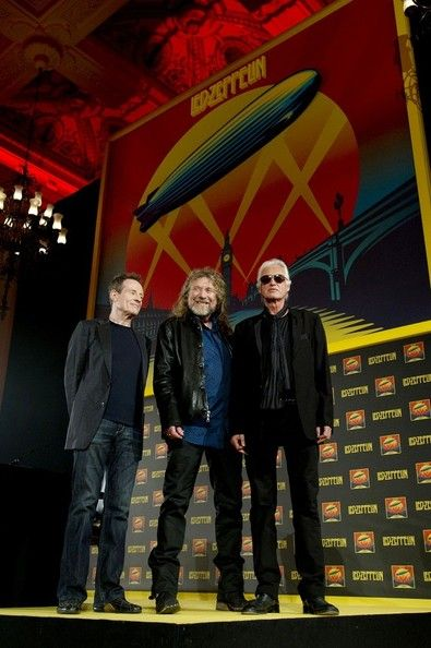 Jimmy Page and Robert Plant Photo - Led Zeppelin Photocall