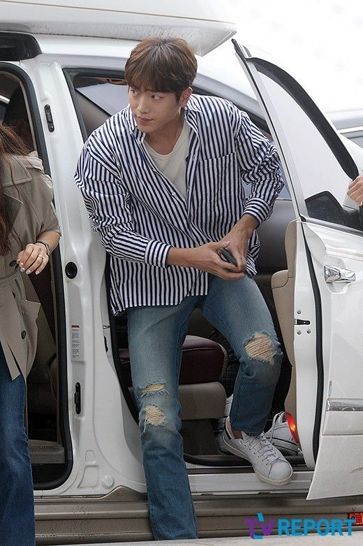 俳優ソ・ガンジュンが22日の午前、海外ファンミーティングに参加するため、仁川(インチョン) 国際空港から中国・上海へ出国した。 - 韓流・韓国芸能ニュースはKstyle