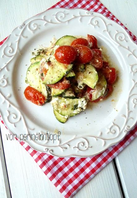 Zucchini, Tomaten und Feta aus dem Ofen