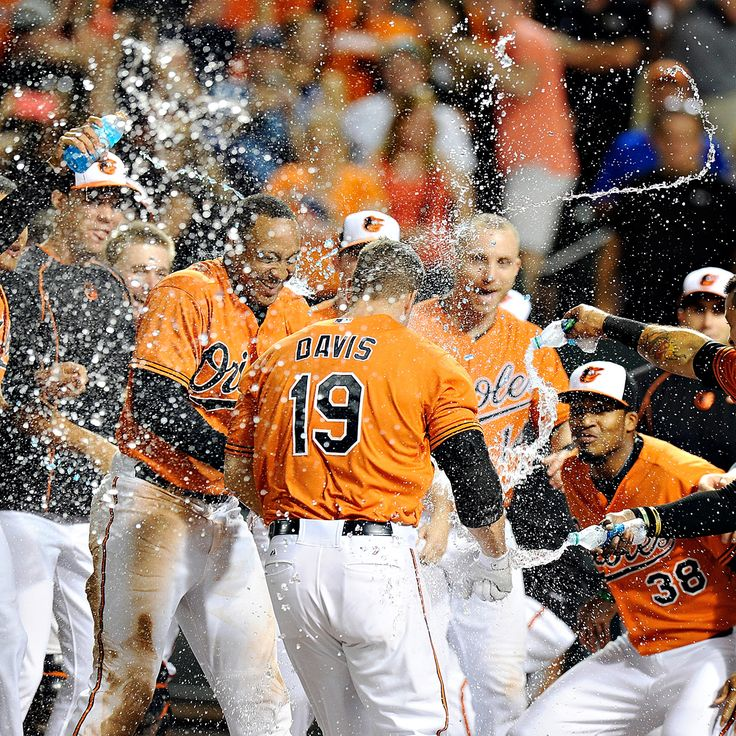 Chris Davis' walk-off blast grows O's momentum