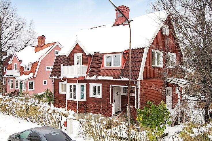 Fågelkärrsvägen 4, Gamla Enskede Built 1911