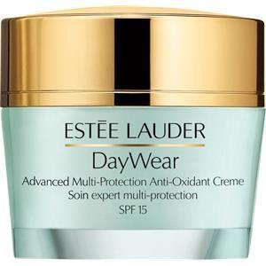 Eine starke Feuchtigkeitspflege die Anzeichen von Hautalterung mildert. Die Gesichtscreme von Estée Lauder enthält einen Antioxidant-Mix der ihre Haut gegen freie Radikale schützt und repariert.