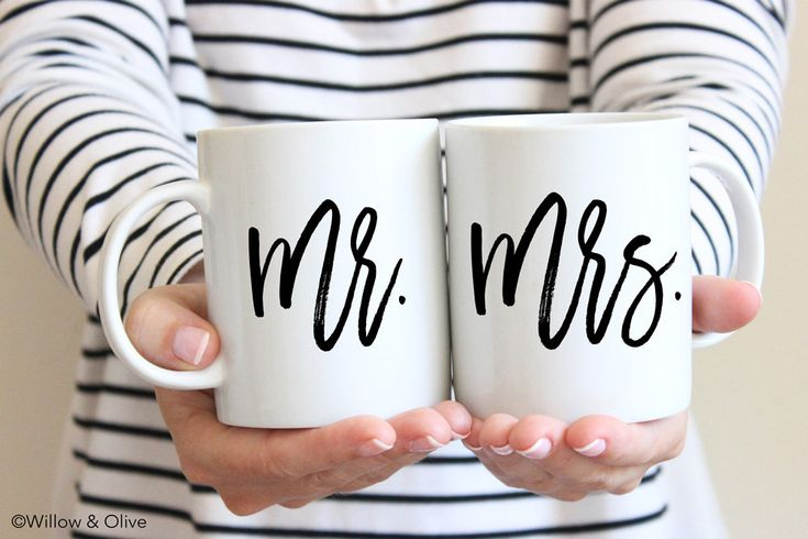 Mr and Mrs Coffee Mugs Mr and Mrs Mugs Set of 2 Couple Mugs Mr and Mrs Gift Mugs Wedding Mugs Engagement Gift Wedding Gift for Couples W0010 by WillowAndOlive on Etsy