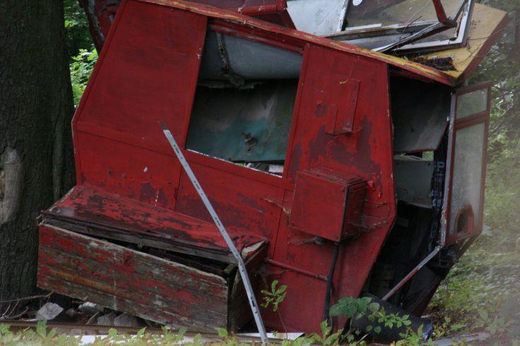 23 Haunting Photos Of An Abandoned German Amusement ParkDonna Smith