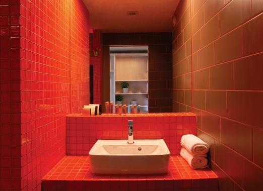 Bathroom of a standard room of Lanchid 19 design hotel.