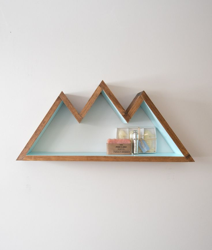 Beachy mountain shelf from Etsy