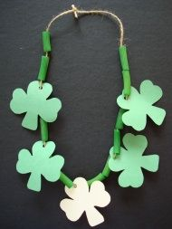 Simple St. Patrick's Day Crafts - Pasta necklace with shamrocks