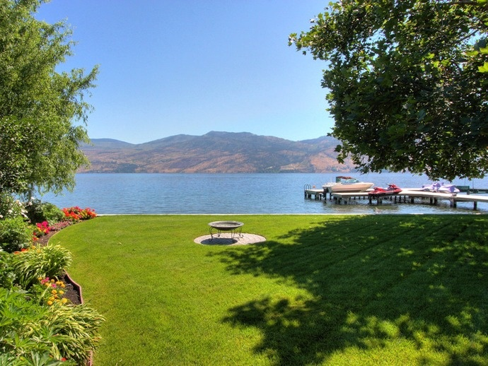 Desireable Whitworth Drive in West Kelowna,BC