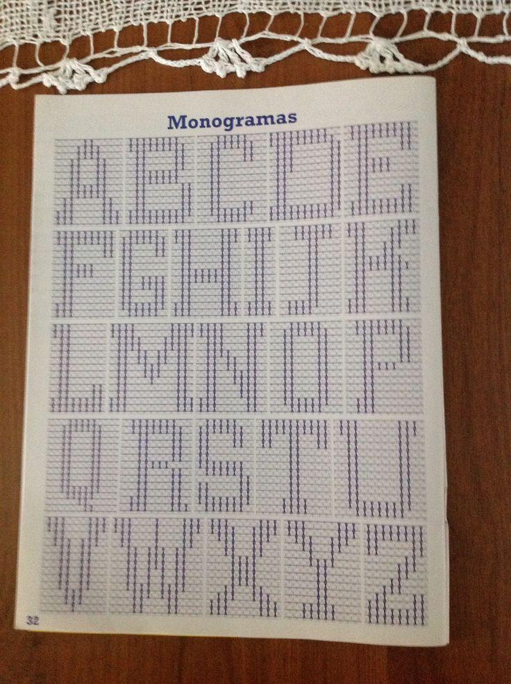 M.Celina --- Monogramas em Ponto Oitinho