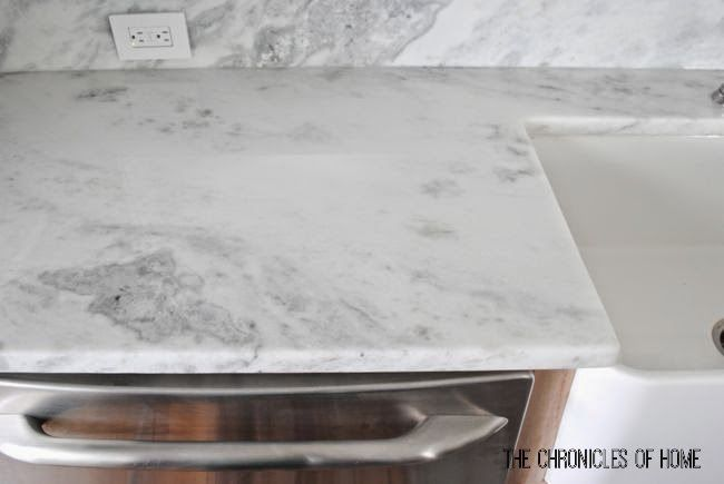 Quartz stone that looks like marble but holds up well to cooking/use #marble #quartz #countertops