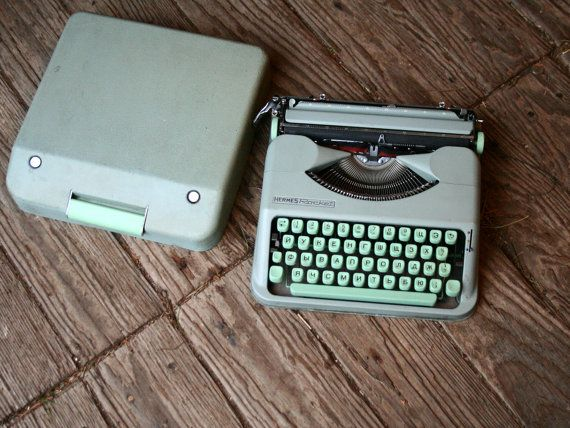 Hermes Rocket Typewriter Manual Portable Russian by nowvintage