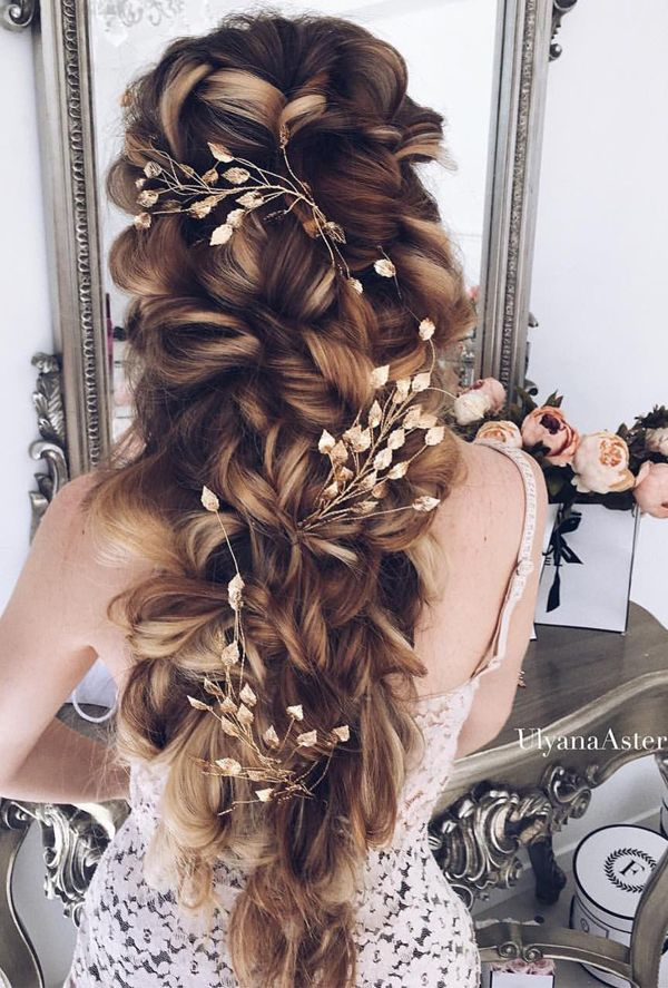 20 Drop Dead Bridal Hair Styles Wedding Accessories Trends For 2018 Elegantweddinginvites Com Blog Long Hair Styles Elegant Wedding Hair Hair Styles