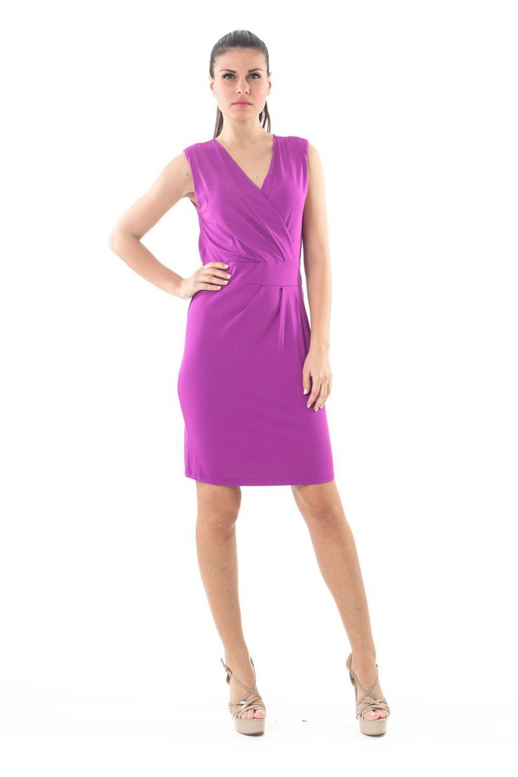 We LOVE purple especially when it comes with such a feminine design. Shop your with 40% OFF in the link below.