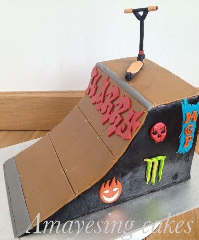 Skate ramp cake — Children's Birthday Cakes