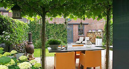 http://www.tuindesign-ten-horn.nl Tuinarchitect - tuinontwerp. Moderne kleine stadstuin in Limburg.