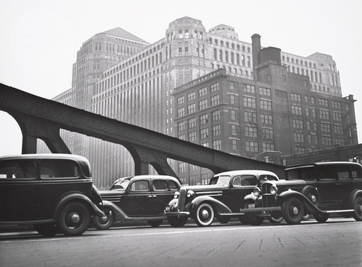 The Mart, Chicago, 1936 by John Gutmann.