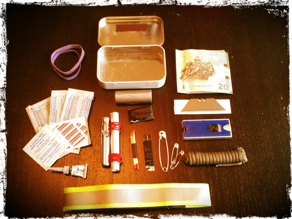 TEOTWAWKI Blog: Pocket Survival Kits in Altoid tins contest…interesting what s…