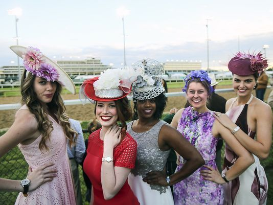 3a8ff433d First-Timer's Guide to Kentucky Derby Attire - What to Wear to Derby ...