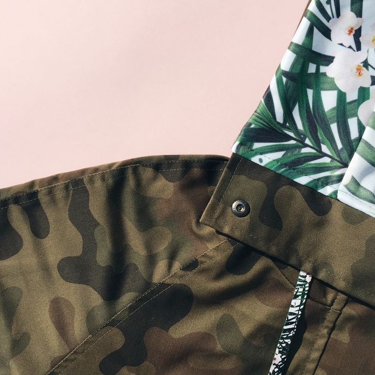 Limited PALOMA jacket in CAMO / BLUE LEAF.