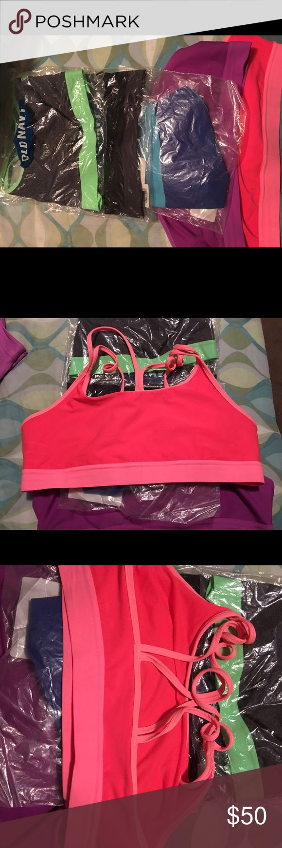 5 Old Navy sports bras 5 Old Navy sports bras for low/medium impact exercise. Two are in excellent used condition and the other 3 are new in original packaging. Old Navy Other