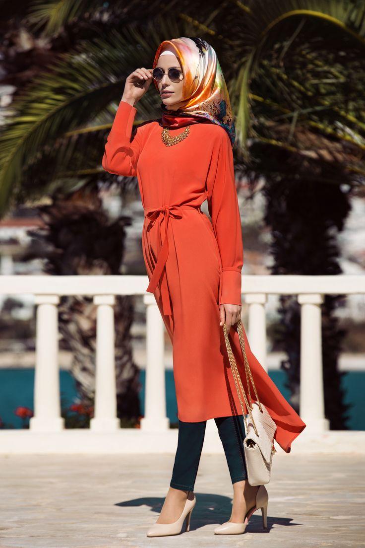 Nihan kırmızı tunik #Nihantakım #yelek #tunik #kap #elbise #ferace #pardesü #etesettur #etesetturcom #hijabfashion #hijab #hijabstyle