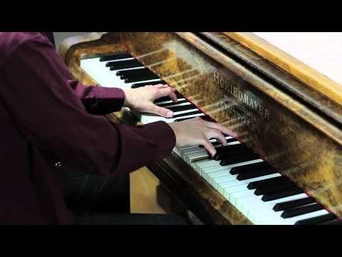 Bear McCreary - Roslin and Adama - Solo Piano <3 <3 <3