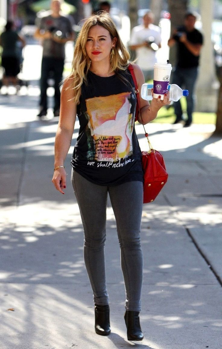 Best Dressed Hilary Duff T-Shirt | NYLON MAGAZINE