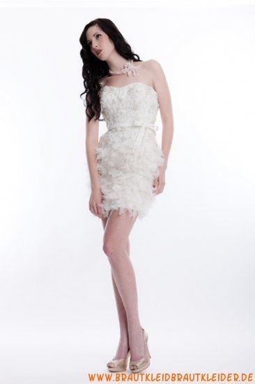 wunderschönes Brautkleid aus Tüll im Kolumnestil
