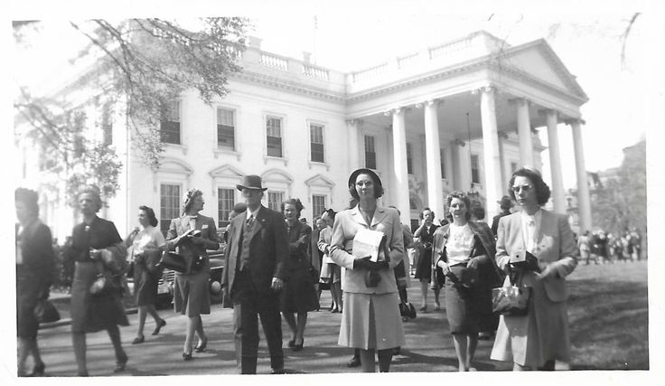 "Vintage Photo ""End Of The Day"" White House Tourists Reporters Staff Candid Snapshot 1940's Fund Vernacular Photo by SunshineVintagePhoto on Etsy https://www.etsy.com/listing/566985860/vintage-photo-end-of-the-day-white-house"