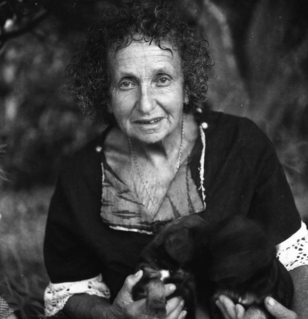 Juliette of the Herbs. Juliette de Bairacli Levy: world renowned herbalist, author, breeder of Afghan hounds, friend of the Gypsies, traveller in search of herbal wisdom and the pioneer of holistic veterinary medicine. Video: http://www.cultureunplugged.com/play/8638