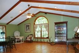 come decorate...lender has priced to sell this Foreclosed home at 684 RIDGE RD, Wilbraham, MA !!