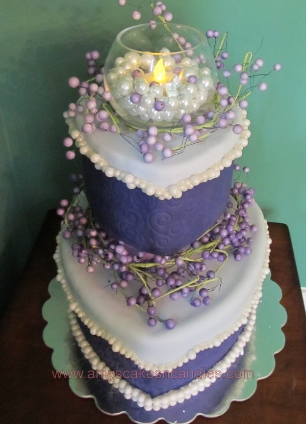 Gorgeous purple themed #wedding #cake