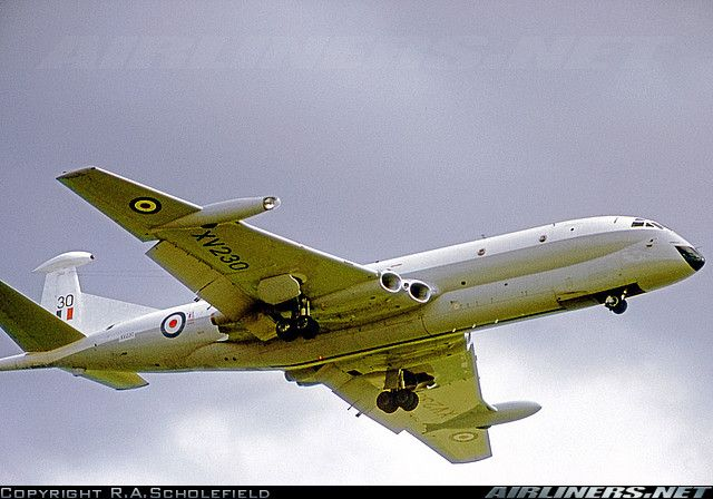Hawker Siddeley Nimrod MR1 (801) aircraft picture