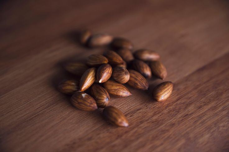 Leche de almendras. Como hacer leche de almendras y como condimentarla. Vegan. Recetas veganas. Raw food. Como activar semillas. Almendras activadas.
