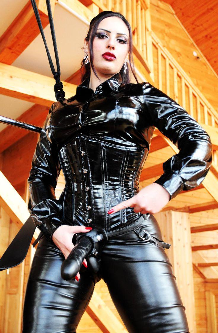 fetish-rubber-leather-wear-online