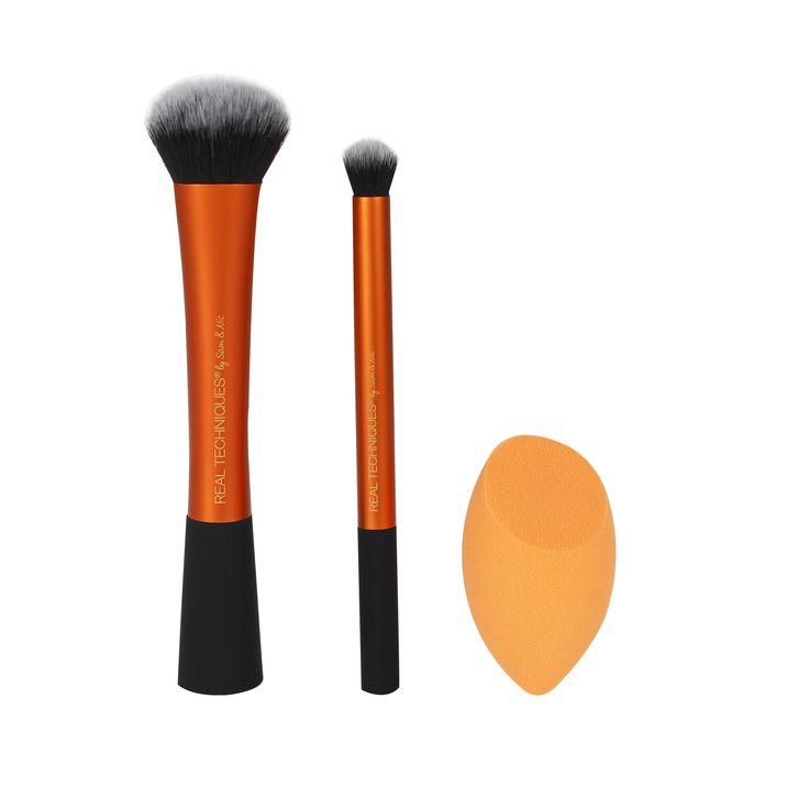 Ultimate Base Set - expert face brush: ultra-firm and broad for buffing cream or liquid foundation. miracle complexion sponge: rounded side blends larger areas of the face, precision tip covers imperfections, and the flat edge contours around the eyes and the nose. deluxe concealer brush: dense, rounded bristles for well blended concealer application above and below the eye area