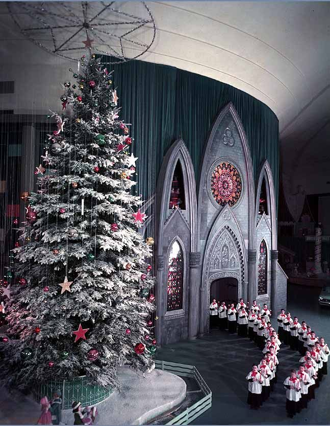 Ford Rotunda Building at Christmas 1961 | Michigan in Pictures