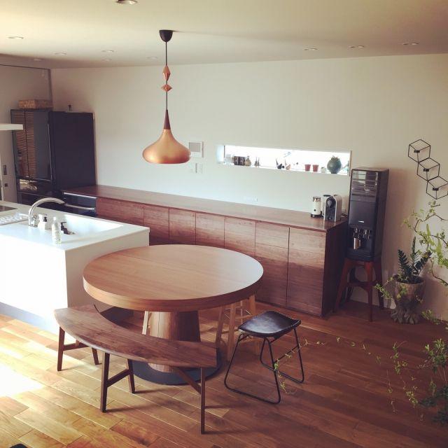 minminさんの、キッチン,ダイニングテーブル,ベンチ,パナソニック,カップボード,リクシル,アマダナのウォーターサーバー,パナソニックキッチン,のお部屋写真