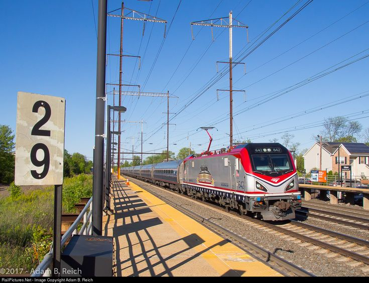 AMTK 642 Amtrak Siemens ACS-64 at Edison, New Jersey by Adam B. Reich