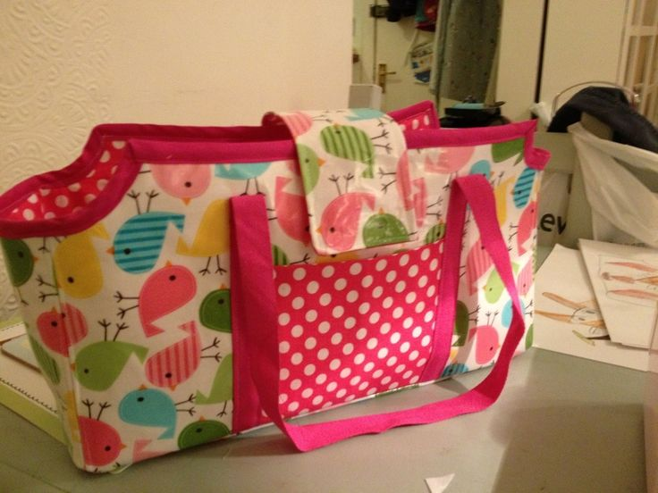 Doll Tote Bag: a sorta tutorial kind of thing. Maybe.   Scissors Spade Spoon