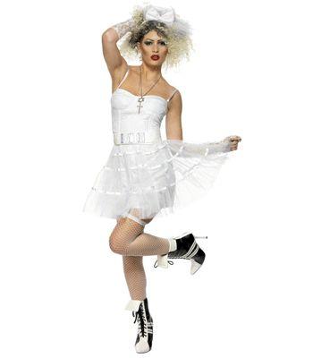 Madonna Boy Toy outfit voor dames. Dit leuke witte jaren 80 outfit bestaat uit het corset, het tutu rokje, witte handschoenen, de riem en de haarband. Met dit kostuum kan je zo naar een jaren 80 feestje, verkleed als bijvoorbeeld madonna. Maat: one size, M. Carnavalskleding 2015 #carnaval