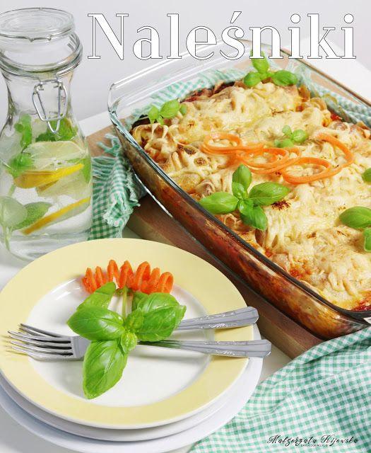 Naleśniki z mięsem i warzywami. Zapiekane w sosie pomidorowym i z żółtym serem. Spiralizer Unold do ciecia warzyw.