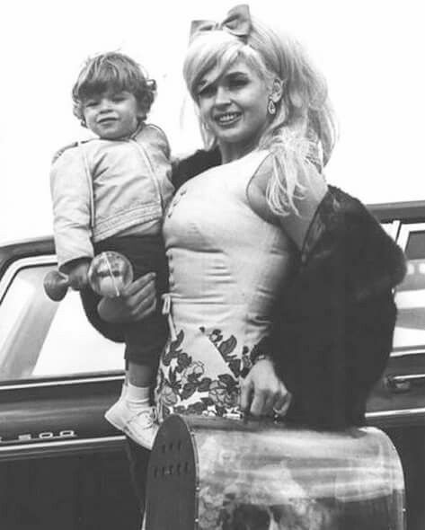 Jayne mansfield and baby tony cimber